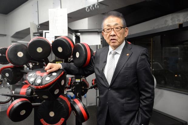 写真: 代表取締役会長 渡辺 均